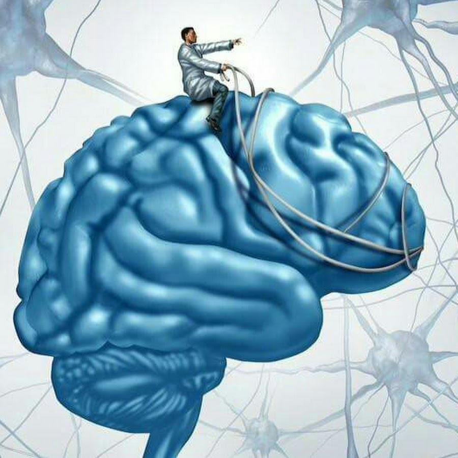 Человек на мозге